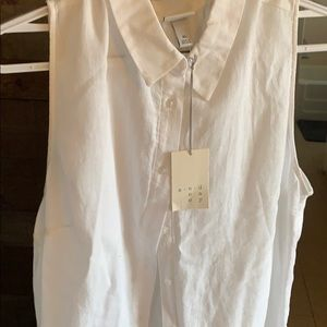 NWT White Sleveless button up shirt